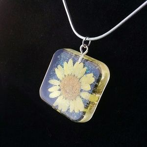 Jewelry - Yellow flower and glitter Sterling silver necklace